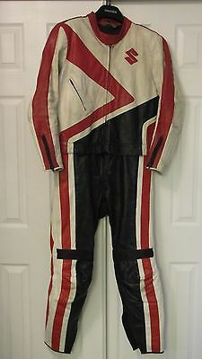 Mens Leather Two Peice Race Bike Suit..Alpinestars..Dainese