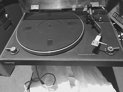 Vintage CEC BD-3200 Record Player Turntable Vinyl Music Player Harksound By CEC