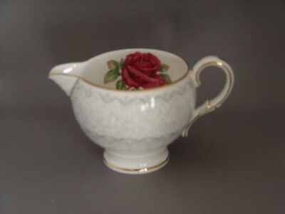 Paragon MADEIRA LACE Mini 4 oz CREAMER