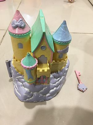 Vintage Polly Pocket Trendmaster Yellow Castle With A Key And Figurines