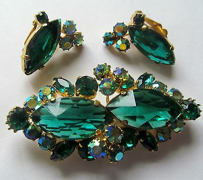 Vintage AB Light Green and Emerald Color Stones Bar Brooch And Clips.