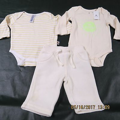 GAP Baby Infant Boy Girl Neutral LOT 3 6 M Months NEW White Yellow Pants Tops