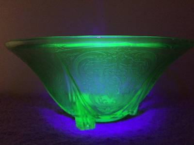 Hazel Atlas Royal Lace footed green deppresion glass fruit bowl