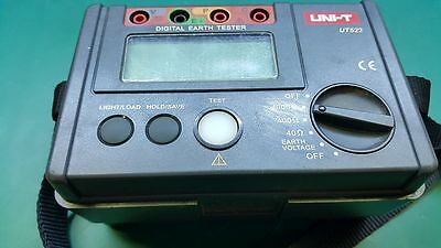 UNI-T UT522 Megger Digital Earth Ground Insulation Resistance Testers 4000Ω