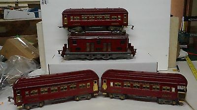 American Flyer 4678 Engine And 3  Red Pass Cars Engine Runs And Bell Works Nice