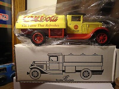 Coca-Cola Tanker Truck Bank Ertl Scale Models Produced By Hallco Productions