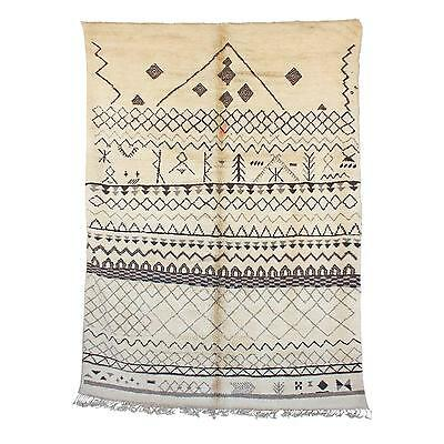 """Lovely Traditional Moroccan Berber Rug - 7'5"""" x 10'1"""""""