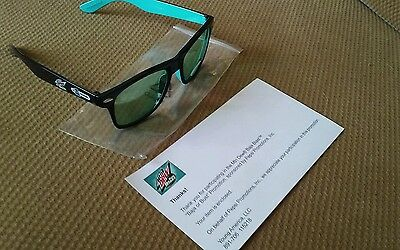 NEW! MOUNTAIN DEW Baja Blast BAJA OR BUST Very Rare Glasses TACO BELL Promo Item