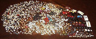 Mixed Lot Old Vintage Buttons Glass Bone Metal Wood Pearl Chunky Thick Plastic