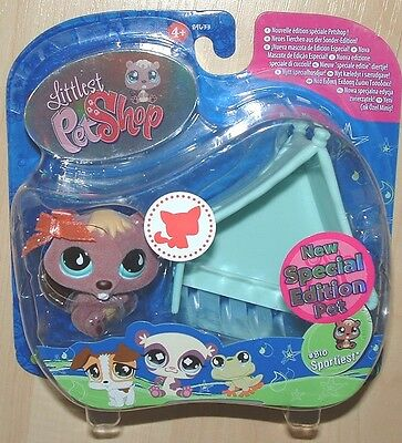 Littlest Pet Shop SPECIAL EDITION FUZZY BEAVER #810 RETIRED