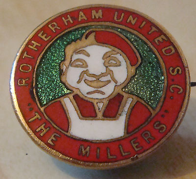 ROTHERHAM UNITED FC Vintage SUPPORTERS CLUB Badge Brooch pin In gilt 25mm Dia