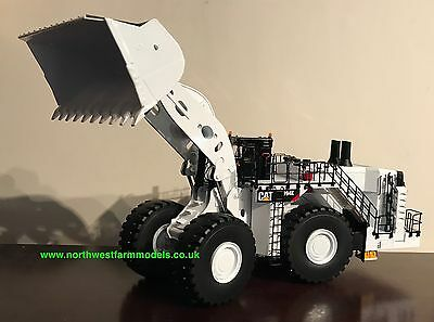 "Diecast Masters 85533 1:50 Scale Cat 995K Wheeled Loader ""coal Configuration"""