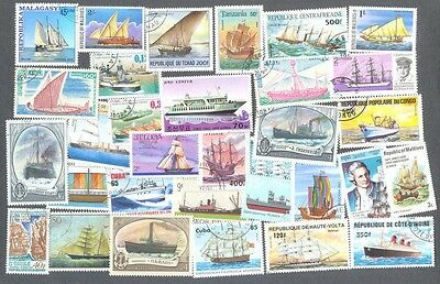 Ships-Vessels-1000 all different collection-all types-Liners-Sailing-Subs etc