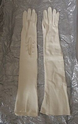 Vintage Cream Soft Leather Opera Gloves Immaculate Condition Unused