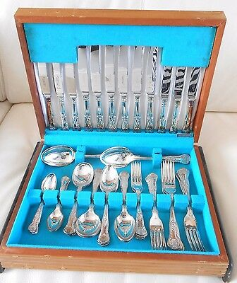 44 pce Silver Plate Cutlery Set (6 people) in Wooden Canteen - exquisite