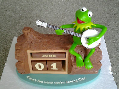 KERMIT THE FROG PLAYING GUITAR MUPPETS PERPETUAL CALENDAR RETIRED from HALLMARK
