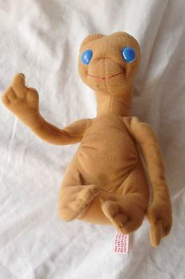 Vintage 1982 E. T. The Extra Terrestrial 20cm Plush Soft Toy SHOW TIME by KAMAR