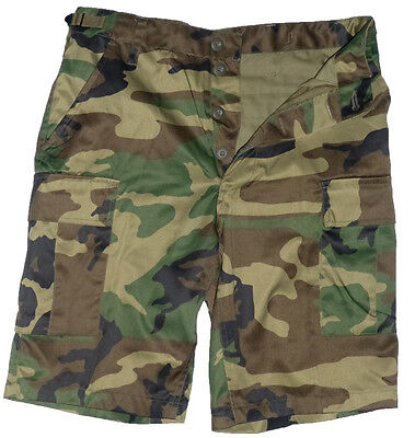 Short bermuda militaire BDU US army camouflage woodland - taille S 38 - 40