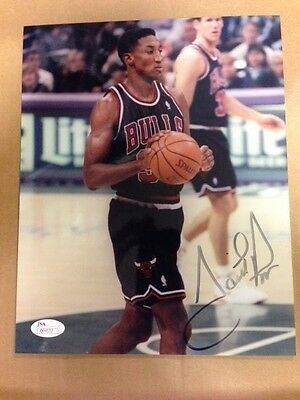 Scottie Pippen Chicago Bulls HOFer Signed Autographed 8x10 Photo JSA