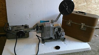 """16 mm Film projector KPSh-4 """"Schoolboy"""" (1976) with carrying case and passports"""