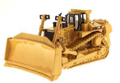 Diecast Masters 85025 1:50 Cat D11R Tracked Bulldozer (Dealer Box)