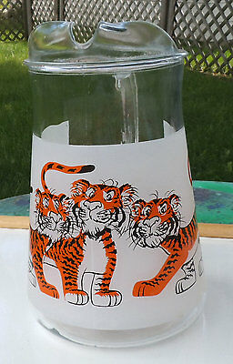 Auction #1 Vintage Pitcher  Esso Tiger In Your Tank Exxon Frosted Gas Station P