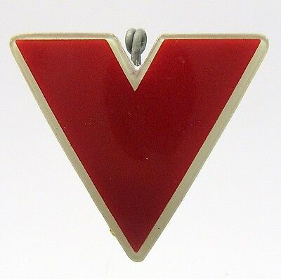 unusual WWII V for Victory plastic celluloid pinback button HOME FRONT +