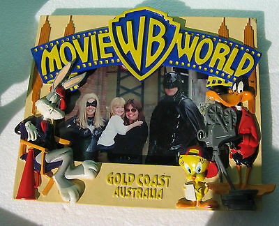 Collectable Daffy Duck Bugs Bunny Warner Brothers World Gold Coast Photo Frame