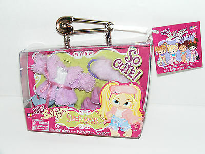 NEW in Box Babyz Baby Bratz Pink Outfit Shoes SLEEP OVER Fashion Pack 340614