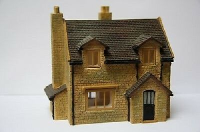 Hornby Skaledale Raven Cottage - NEW - In Box