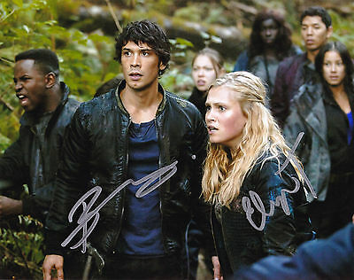 Bob Morley and Eliza Taylor Autographed 8x10 Photo The 100 (1)