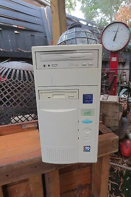 vintage RETRO PC - Old School Gaming - AMD K6 white tower has HDD & Ram