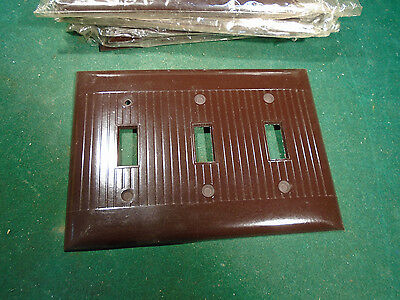 Vintage Bakelite 3 Toggle Switch Plate Cover - Brown Nos   (8630)