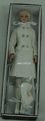 Winter Whisper Sydney Chase dressed Tonner Tyler doll mint in box