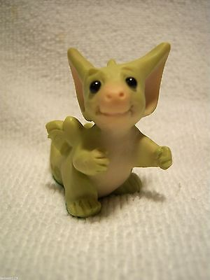 Pocket Dragon   ' CANT CATCH ME '    Mint. RARE