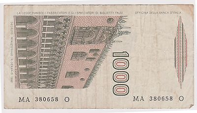 (N2-127) 1982 Italy 1000 lire bank note (D)