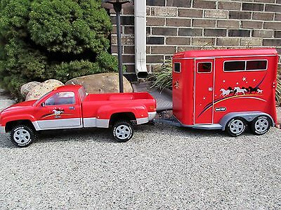 2002 Retired Traditional Breyer Dually Truck and Horse Trailer RED~EUC