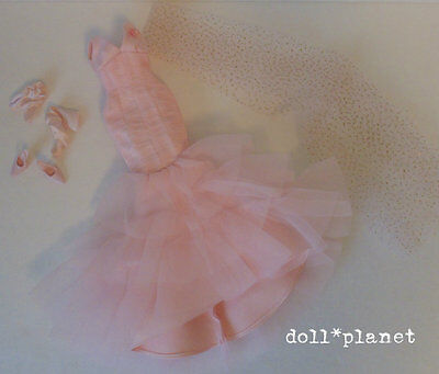 Collector Model Muse Barbie Doll Fashion Pink Ribbon GOWN, WRAP, SHOES, GLOVES
