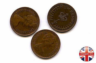 Collection of x3 1973 British Bronze ELIZABETH II HALF NEW PENNY Coins