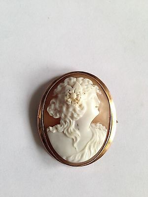 9ct Gold Pendant / Brooch Cameo - 13.2g