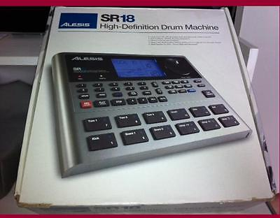 ALESIS SR18 DRUM MACHINE  fully programmable mint condition 2-6-17