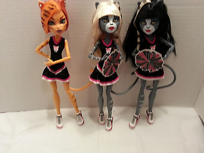 monster high cheerleader fear squad / shelf displays only