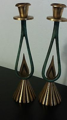 VINTAGE BRASS JUDAICA MID CENTURY Sabbath Candlesticks PATINA FLAME DESIGN 9""