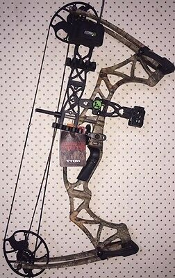 Hoyt Klash RIGHT HAND Compound Bow CAMO including Authentic Klash Package