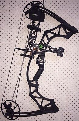 Hoyt Klash RIGHT HAND Compound Bow BLACK-OUT including Authentic Klash Package