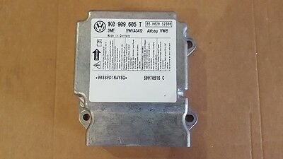 VW Golf 5 airbag control module