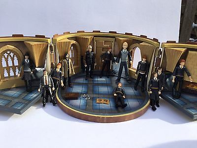 HTF HARRY POTTER Requirement Room with 11 RARE Popco FIGURES!! UK EXCLUSIVE!