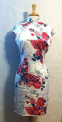 Traditional Asian Chinese Qipao Cheongsam Dress Silk in red Butterfly design