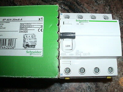 INTERRUPTEUR DIFFERENTIEL TETRA. 40A 30mA TYPE A SCHNEIDER ELECTRIC MERLIN GERIN