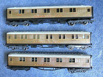 Rake Of 3 Hornby R448 Oo Gauge Lner Sleeping Car Coaches